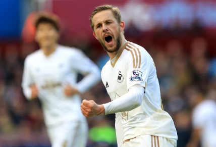 Football - Barclays Premier League - Aston Villa v Swansea